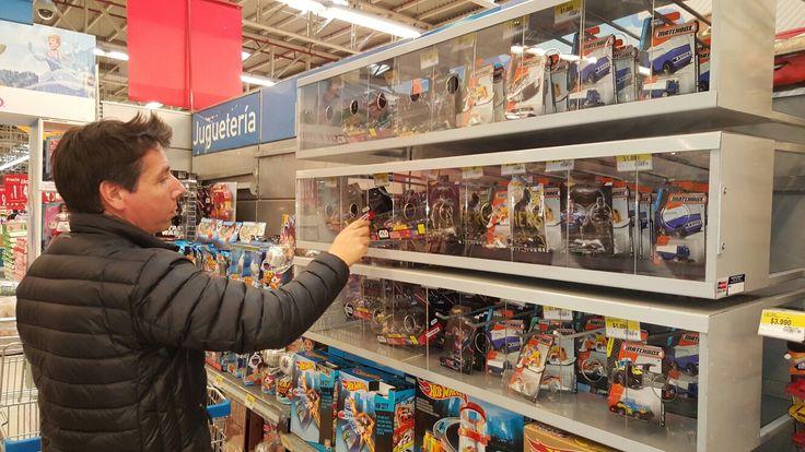 Saber display para gancheras área jugueteria