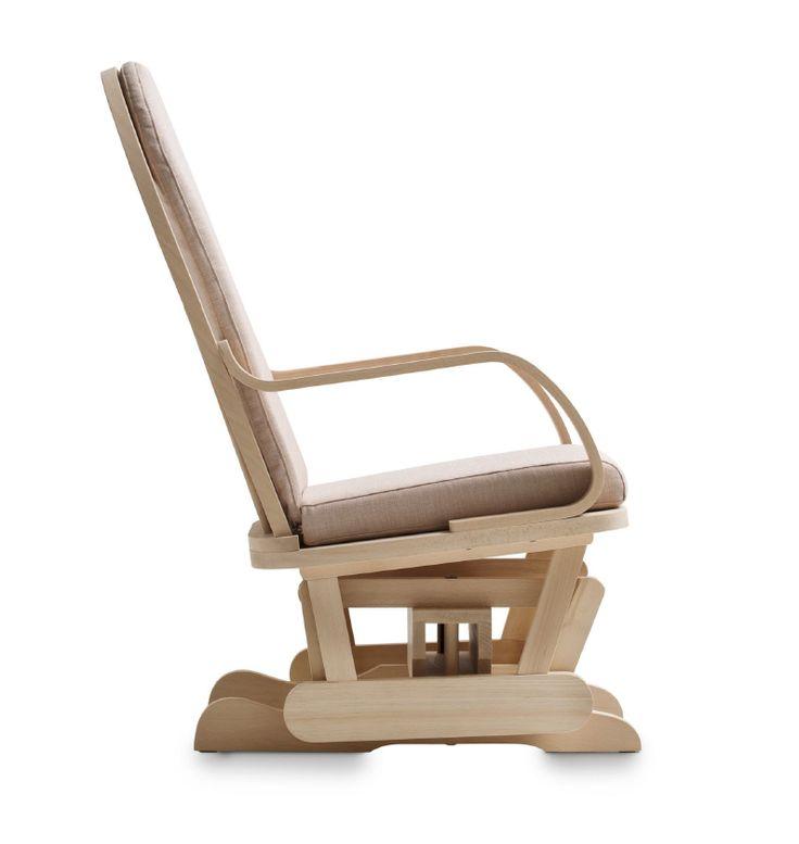 #Sedie dondolo in legno di faggio. Progettate e costruite da Demar Mobili rustici. Movimento basculante. Cuscino sfoderabile con vasta scelta di tessuti. #dondolo #sedie #poltrone #design #produzione #legnomassiccio www.demarmobili.it