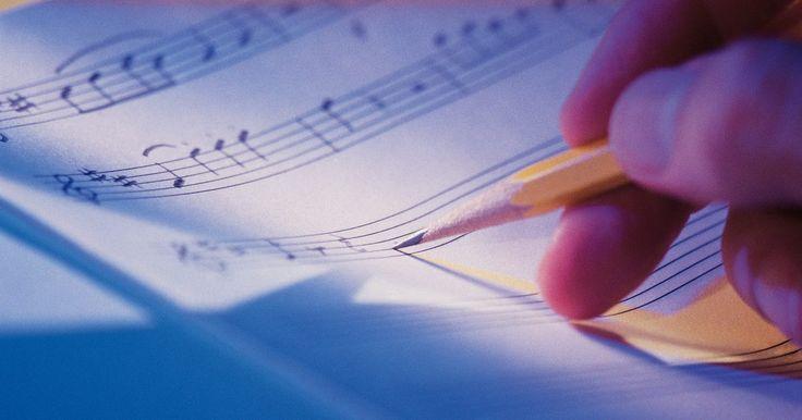 Cómo encontrar cuántos tiempos por compás tiene una canción. Los compases son un método de notación musical, pensado para transmitir el ritmo de una pieza musical. La mayoría de la música consiste de frases musicales que se repiten, que a su vez están formadas de patrones repetitivos. Descomponiendo esos patrones y frases, es posible describir el ritmo a alguien que nunca ha escuchado la pieza original. La ...