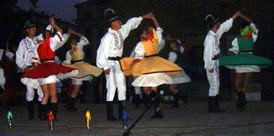 Slovak Folk Music: Saris Dances