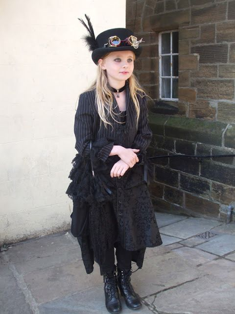 15 best Steampunk Child's fashion images on Pinterest ...