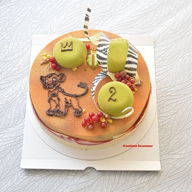 У меня тут Король Лев 😀 нарисовался на торте. Кстати какие мультики смотрят ваши �... - КОНДИТЕР, Ясиневская Валентина (@yasinevskaya)