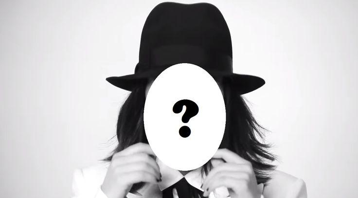 La riconoscete? Sotto quel cappello si nasconde il nuovo giudice di #LaBanda scelto da #SimonCowell!