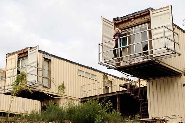 House in australia made from 12 containers by madeleine - Cheap container homes australia ...