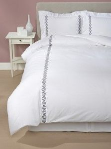 Sferra bedding at Elegant Linens aims to please! See our glorious collection of luxury duvets, bed sheets, and coverlets, all available at incredible prices.