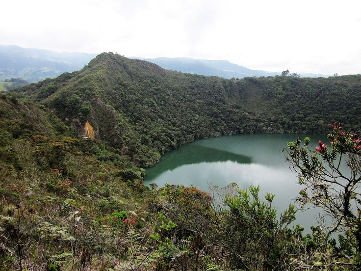 Laguna Guatavita, Colombia (Dec-2010)