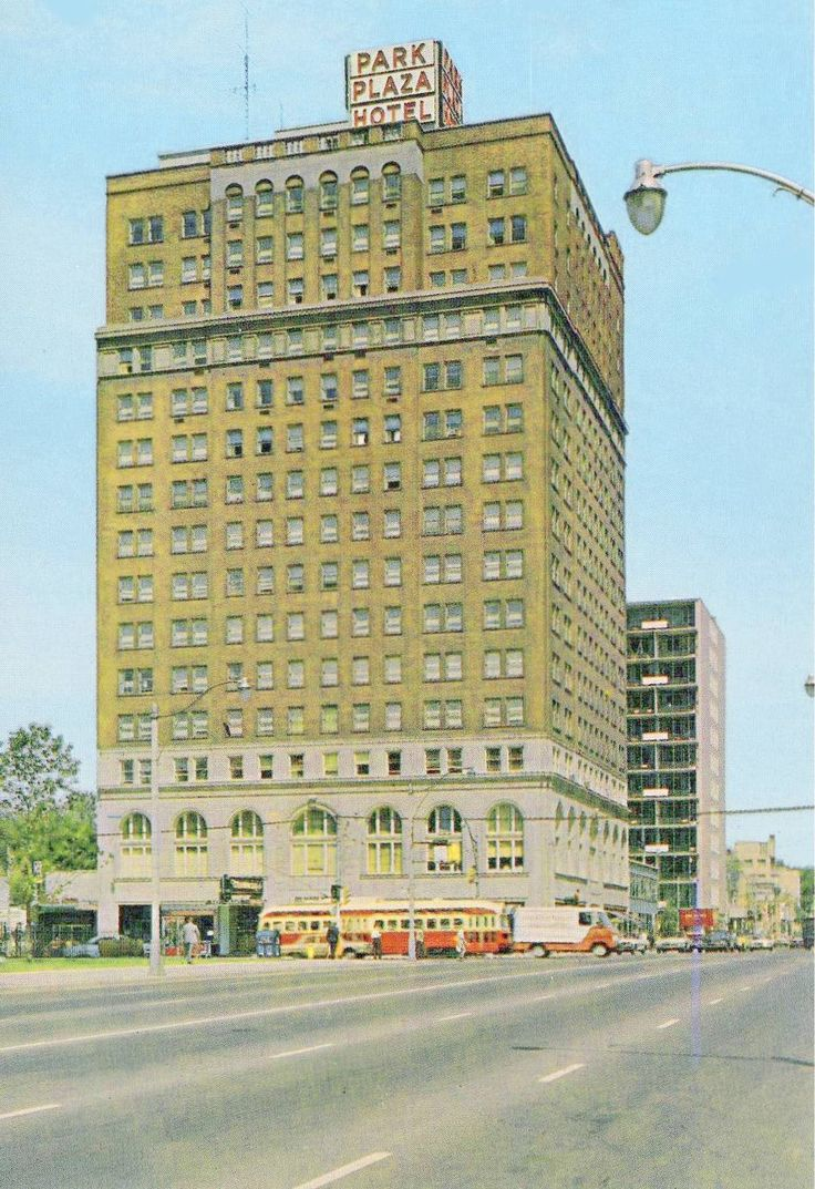 A view of the Park Plaza Hotel, Avenue Road and Bloor, before it became the Park Hyatt, in the 1950s