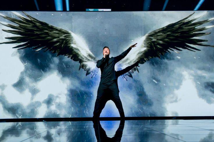 ESC-2016-Dress-Rehearsal-Sergej-Lazarev-Fly-On-The-Wings-Of-Love.jpg (1199×800)