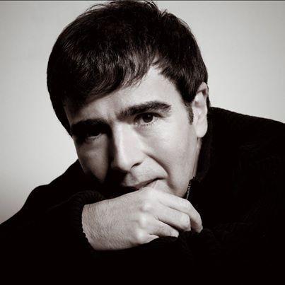 """""""Es uno de los escritores colombianos a quien yo deseo pasarle la antorcha"""" dijo #GarcíaMárquez sobre #JorgeFranco el más reciente ganador del Premio #Alfaguara #Orgullo Imagen vía http://bit.ly/1h2QJQL"""