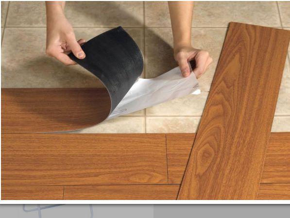 Para quem deseja reformar o piso da casa, confira Modelos de adesivos que imitam pisos e escolha um modelo para redecorar a sua casa.