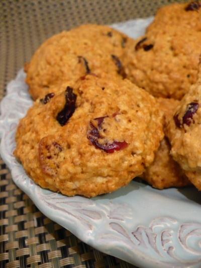 Áfonyás-narancsos süti