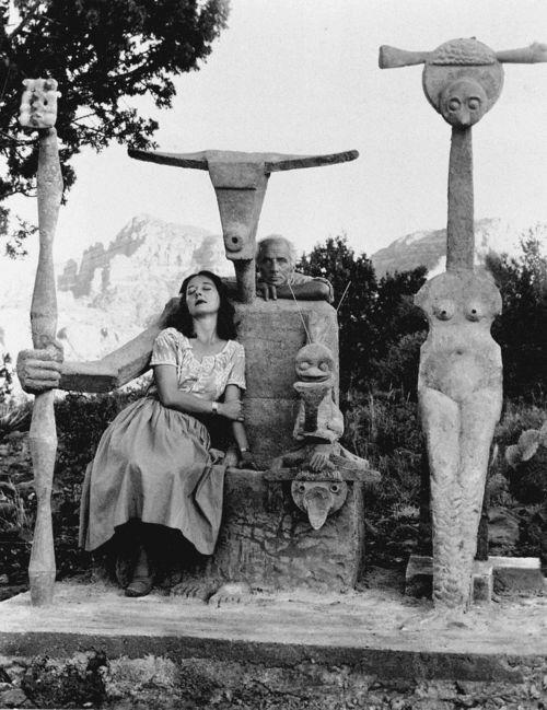 Max Ernst and Dorothea Tanning with cement Capricorne sculpture, Sedona, Arizona, 1948.