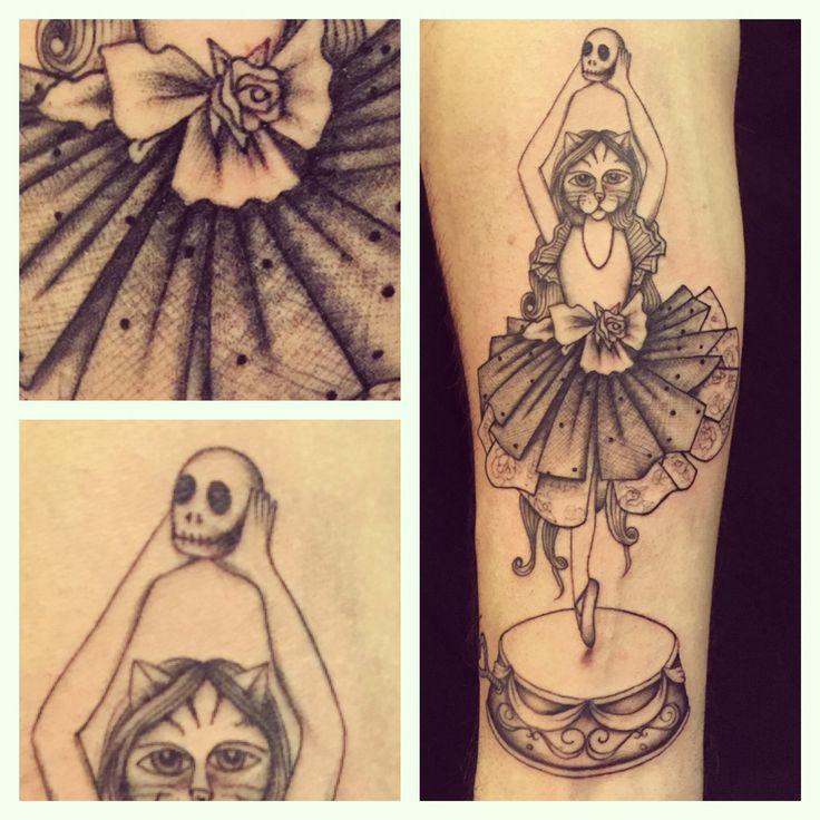 Dance for me #tagsforlikes #picoftheday #tattoo #tattoing #tattoer #derprinztattoer #tattoedgirl #tattoedman #tattoomilano #tatuaggi #tatuaggio #traditional #tattooblack #tattoocolor #derprinz