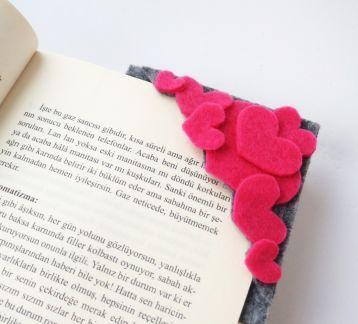 Pembe Love Kitap Ayracı