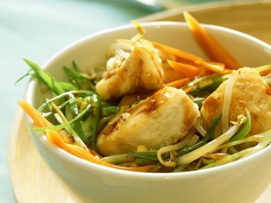 Koolvis met groenten uit de wok, Oosters
