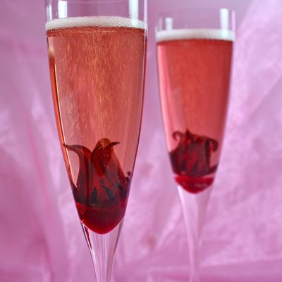 Hibiscus Cocktails by blackgirchefswhite #Cocktails #Hibiscus #blackgirchefswhite