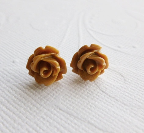 Brown Rose Earrings: Flower Stud, Flowers Studs, Brown Flowers, Rose Earrings, Brown Rose