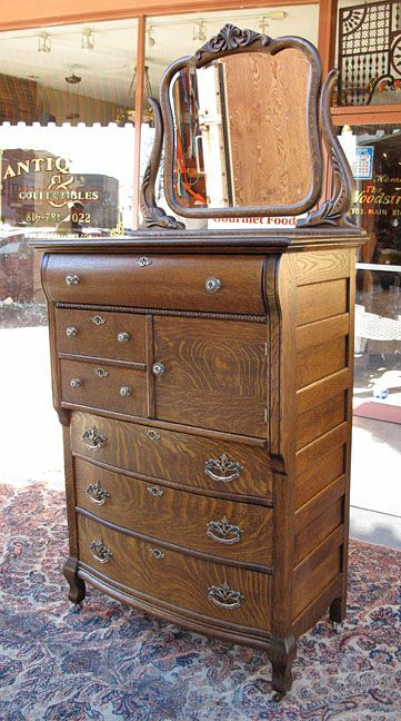 Antique Oak Dresser With Mirror And Hat Box