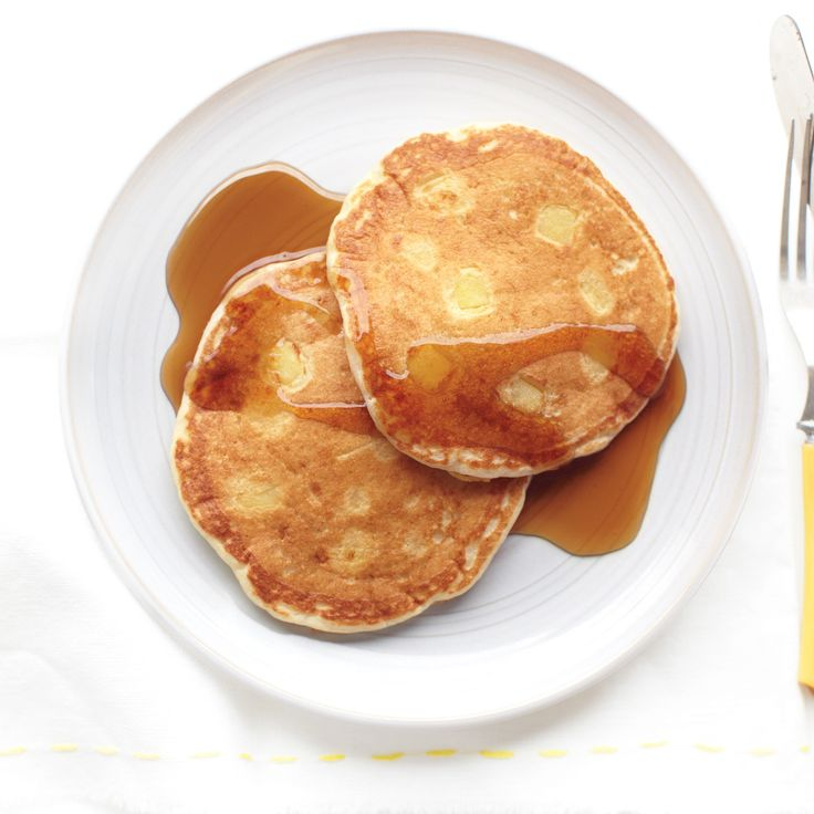 These pancakes are great with syrup, sliced bananas, a smear of almond butter, or a dollop of part-skim ricotta.