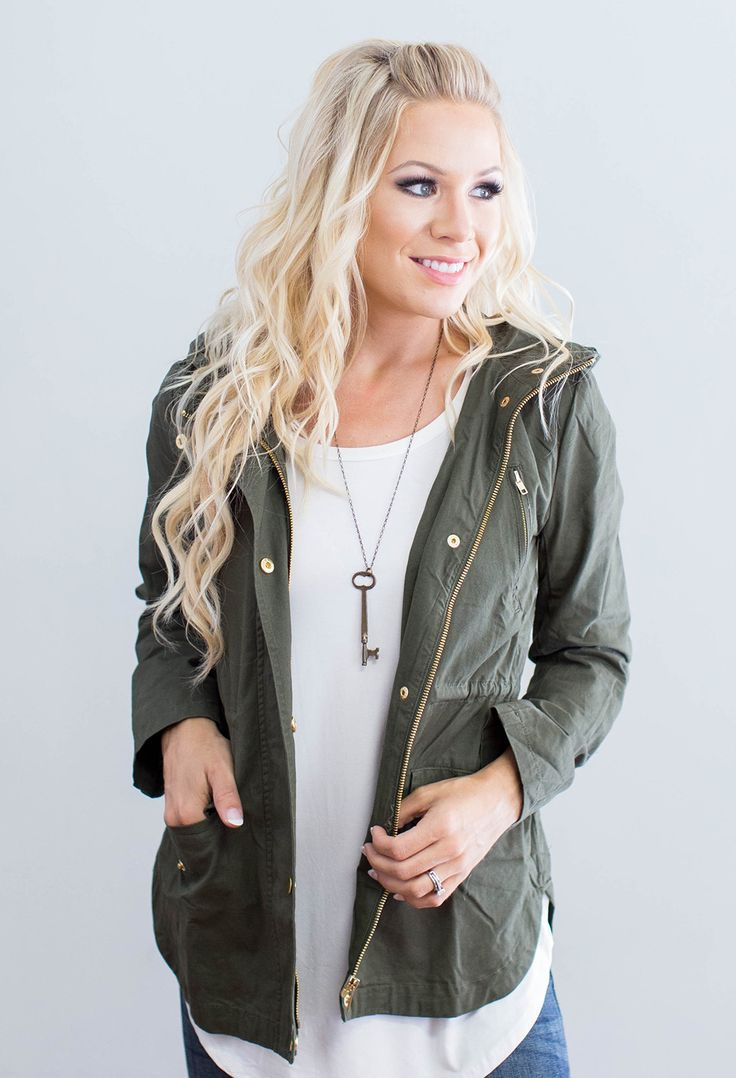 """This beauty is sure to be a fall favorite jacket! 100% Cotton Model is 5'7"""" size 2 in a small. Measurements Length Bust Small 26"""" 36"""" Medium 26.6"""" 38"""" Large 27"""" 40"""""""