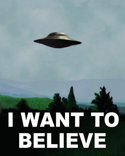 """Gillian Anderson and David Duchovny Want """"X-Files 3"""""""