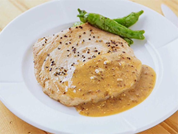 マグロのステーキ 粒マスタードソース:アスレシピ