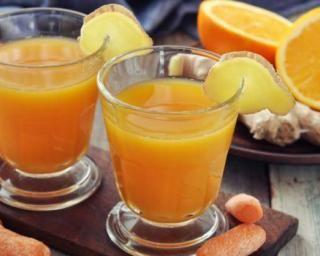 Jus de carottes et oranges : http://www.fourchette-et-bikini.fr/recettes/recettes-minceur/jus-de-carottes-et-oranges.html