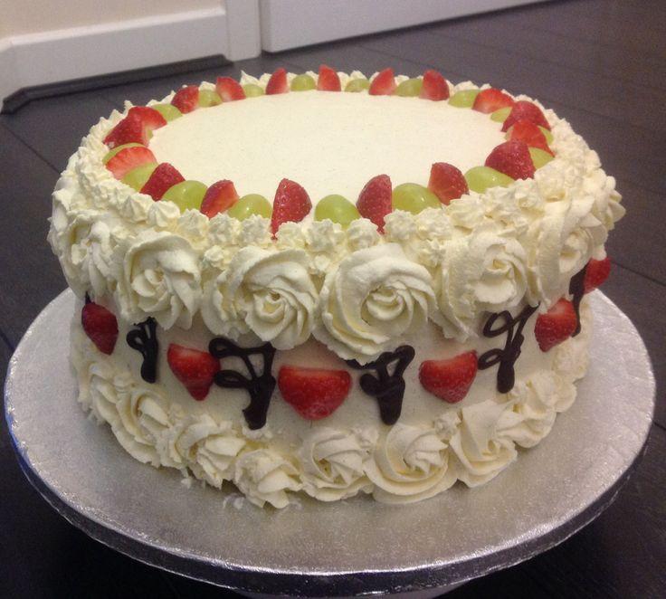 Strawberry Fruit Cake Images