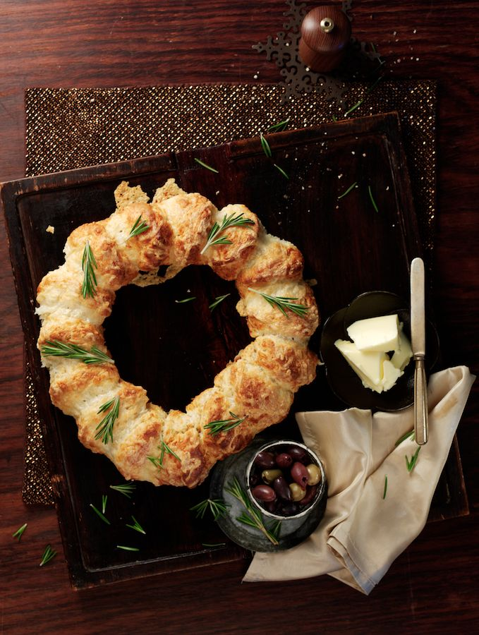 Cake Junki: Pull-Apart Cheese Scone Christmas Wreath