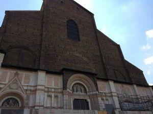 """Igreja S. Petronio - """"Visitar Bolonha, Itália"""" by @Viaje Comigo"""