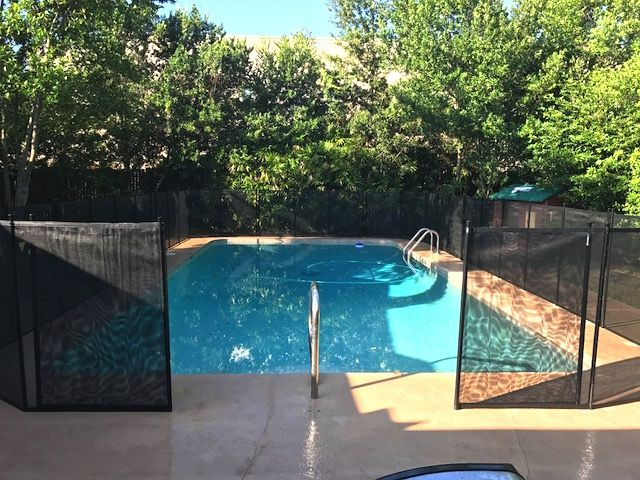 Pool Fence With Manual Opening Installed In Casselberry Fl Photo Shows Drawback Holes Which Are Included With Every In Florida Pool Pool Pool Fence