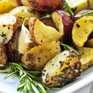 Potatoes with Paprika Sauce (Patatas Bravas)