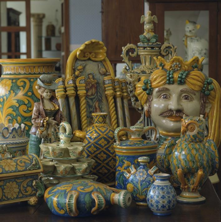 Caltagirone - Sicilian ceramics #catania #sicilia #sicily