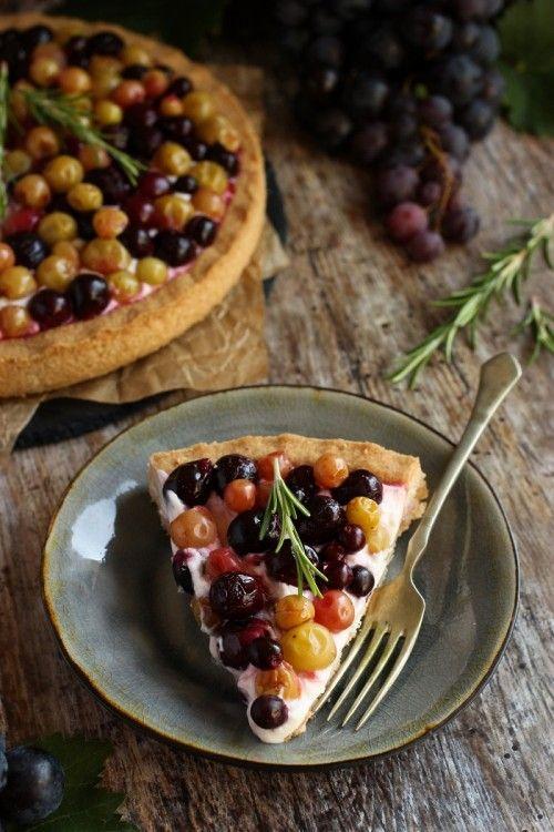 Sült szőlős, mascarponés pite -- Kifőztük.hu