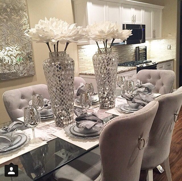 Best 25 glass dining room table ideas on pinterest for Dining table decoration images