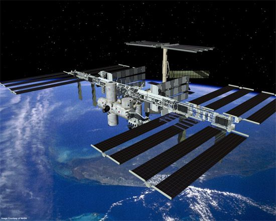 solar powered space station - photo #22