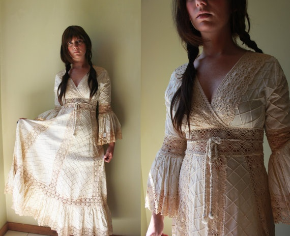 Lovely Vintage Mexican Wedding Dress