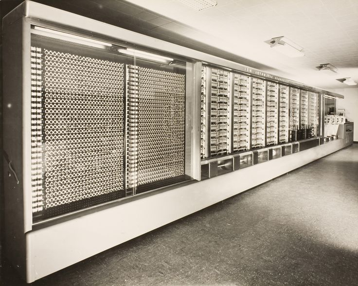 El IBM Automatic Sequence Controlled Calculator (ASCC), más conocido como Harvard Mark I o Mark I, fue el primer ordenador electromecánico, construido en IBM y enviado a Harvard en 1944. Tenía 760.000 ruedas y 800 kilómetros de cable y se basaba en la máquina analítica de Charles Babbage.  El computador empleaba señales electromagnéticas para mover las partes mecánicas. Esta máquina era lenta (tomaba de 3 a 5 segundos por cálculo) e inflexible