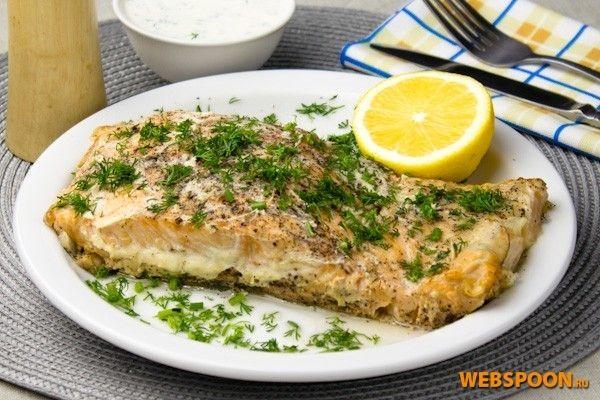 Красная рыба в духовке | Рецепт запеченного лосося с фото | Рыба с луком