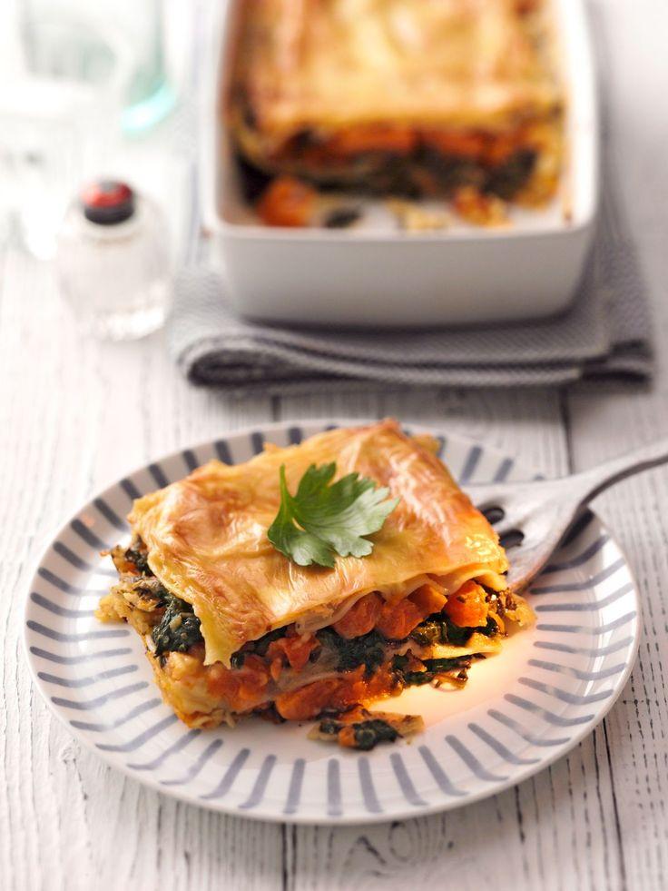 Kürbis-Spinat-Lasagne | Kalorien: 383 Kcal | http://eatsmarter.de/rezepte/kuerbis-spinat-lasagne-1
