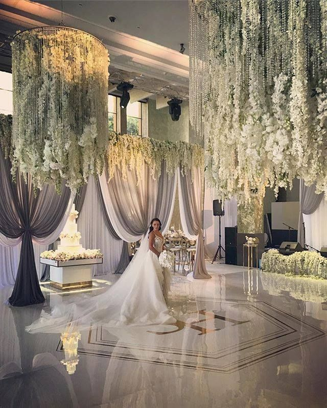 Beautiful Indoor Wedding Ceremony: Pin By Phylliss Mei On Beautiful Wedding Dress & Hair