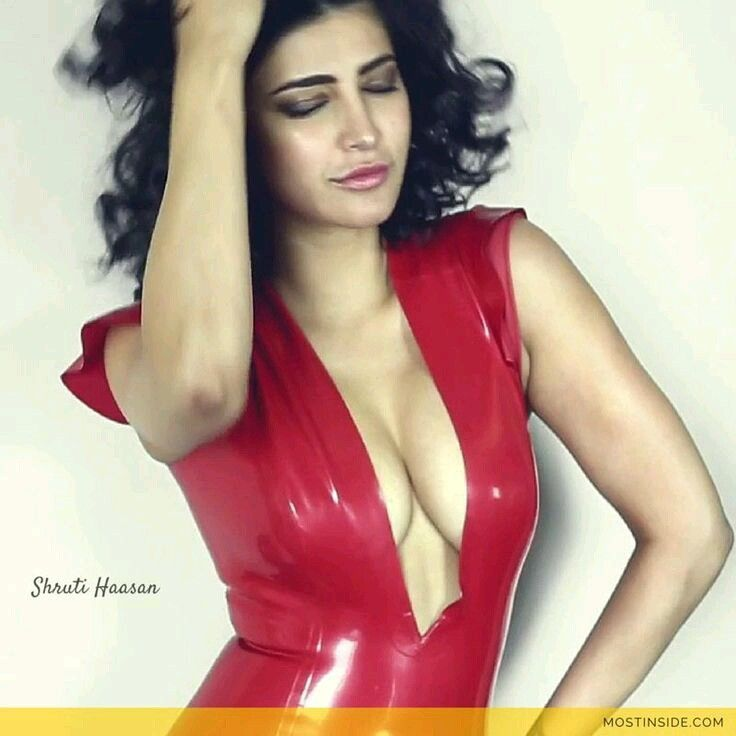 Sexy Unseen Indian girls pic: Shruti hasan hot navel and sexy pics