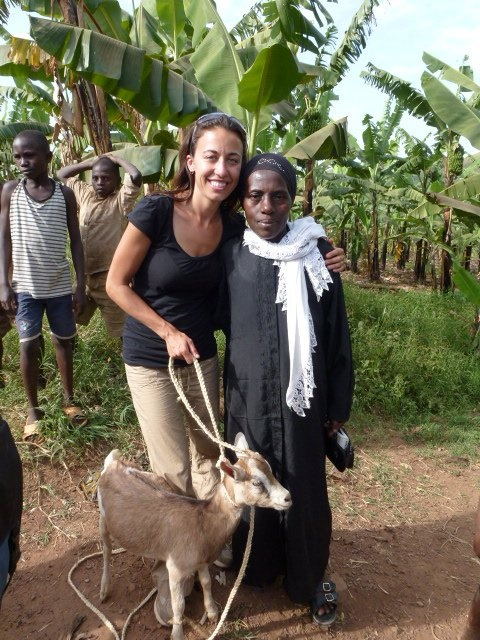 Vets without Borders Goat Pass-ON Program in Uganda