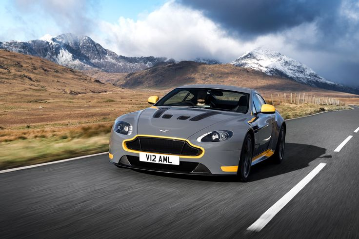 Image for 2017 Aston Martin V12 Vantage S Background