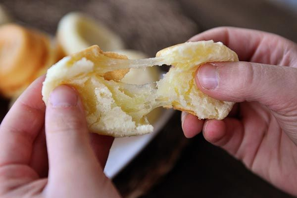 Brazilian Cheese Bread {Pao de Queijo}