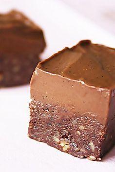 Dessa brownies är nog det godaste som har åstadkommits i mitt kök. Jag menar det. Om du bara vill testa ett recept från min blog...