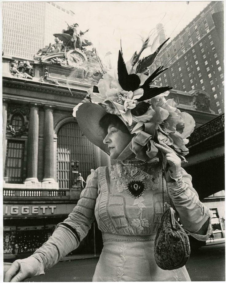 <i>Grand Central Terminal</i>-- Bill Cunningham
