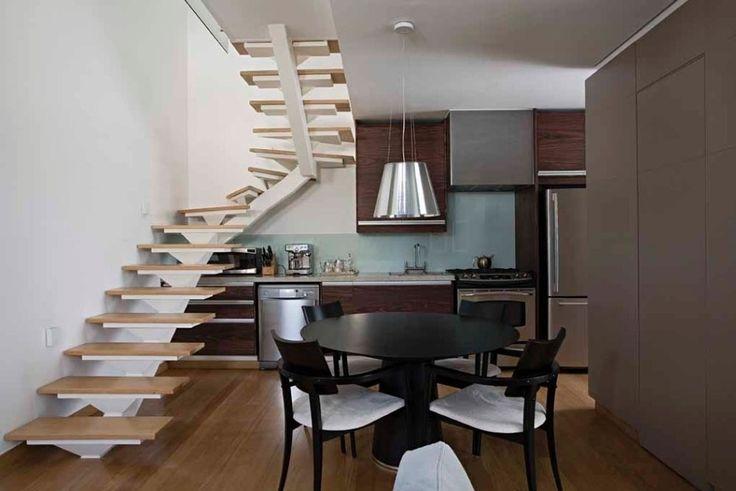 Sem desperdício: veja dicas para aproveitar o espaço debaixo da escada - Casa e Decoração - UOL Mulher