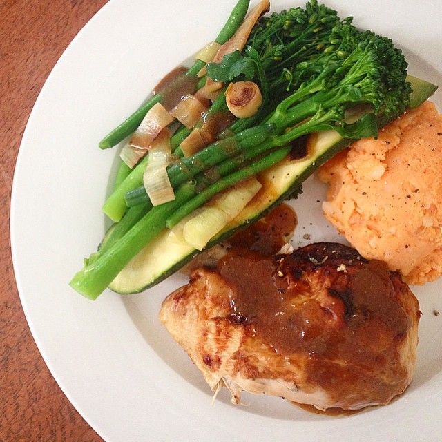 """""""A little twist on the #iqs8wp Summery Chicken Casserole with Sweet Potato Mash. I did the amazing #iqs roast chicken and served it with the summer greens,…"""""""