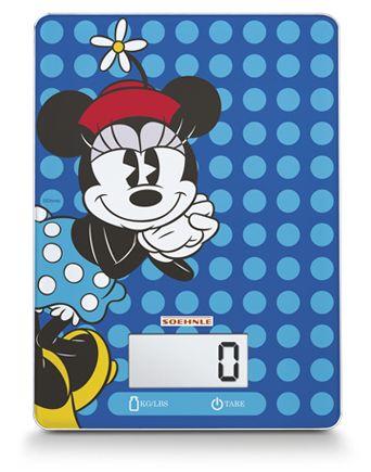 NYHED Disney køkkenvægt: Køkkenvægten fra Soehnle måler 23 gange 17 gange 2 centimeter. Det vil sige, at den i princippet kan stables sammen med skærebrætter, firkantede tallerkner eller plastik. Den fylder ikke mere end højst nødvendigt.